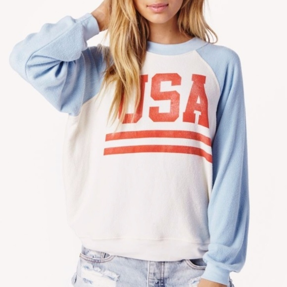 2371b1b357e71 Wildfox Sweaters   Nwt Usa Baggy Beach Jumper Pullover Xs   Poshmark